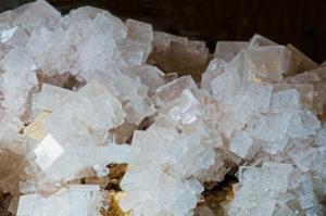 cubic cryst 300x199 - Гидрид цезия
