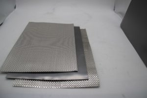 reinforced graphite sheet thin expanded graphite packing 300x200 - Графит армированный